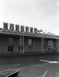 Bordens Cafeteria Sheridan Village